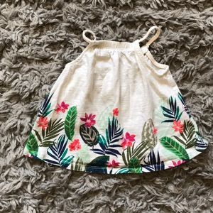 Old Navy floral tank ✨
